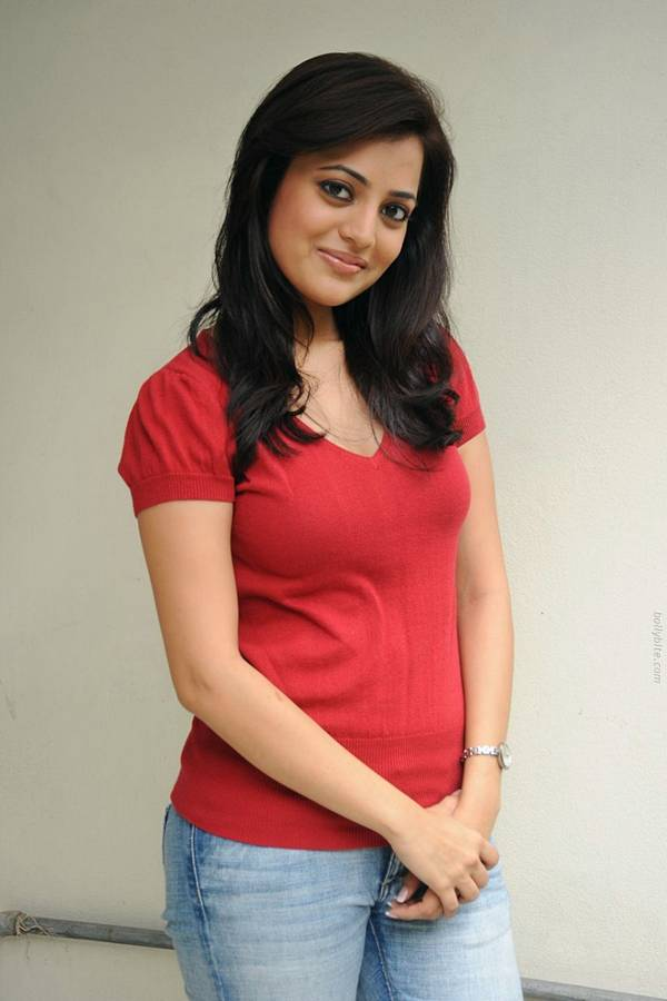 Ultra-cute Indian Youngster Damsels..