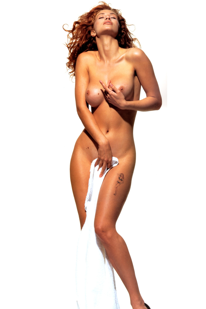 Amber Smith SemiFull Bare Photoshoots..