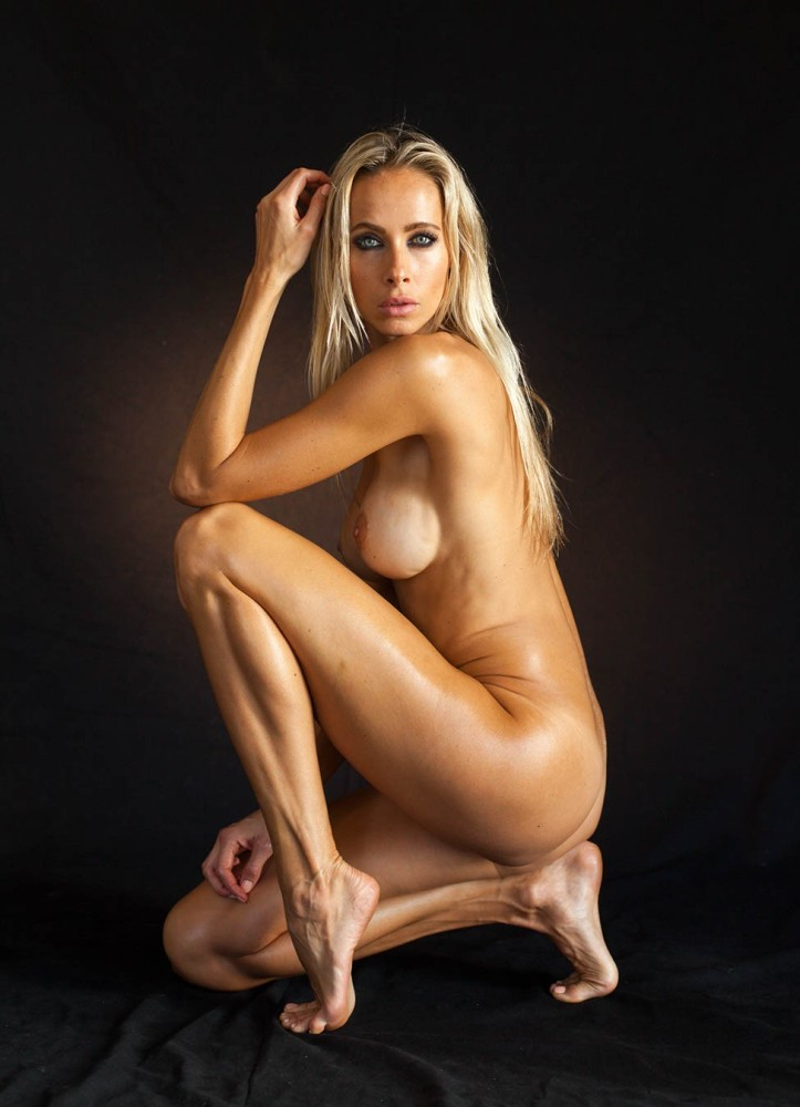 Jesse-Golden-Nude-TheFappening-4 #The..