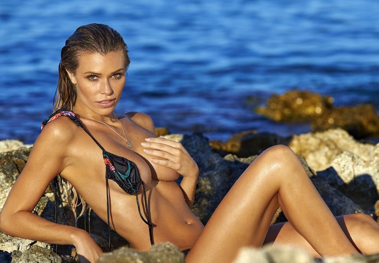 Samantha Hoopes by Ben Watts for 2016..