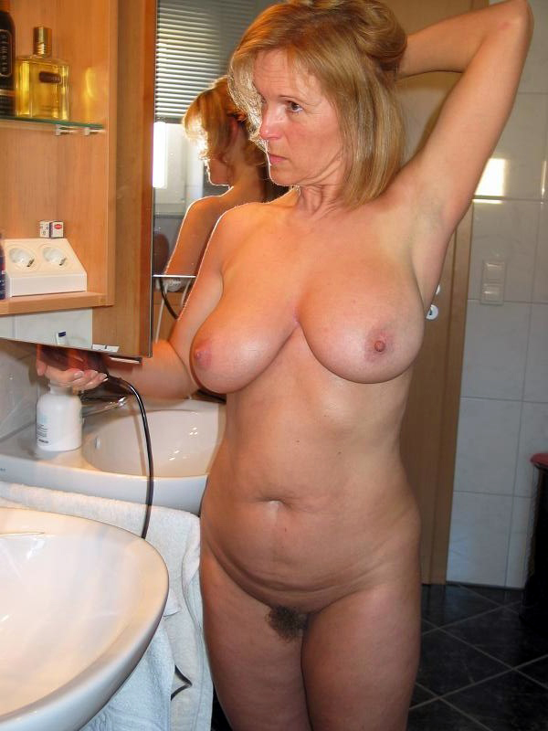 Аloppy mature tits, intimate images