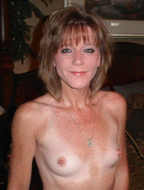 50plus bare ladies softcore pics