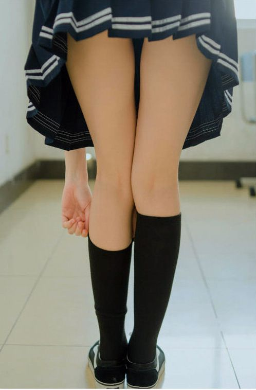 Japanese schoolgirms gams images and..