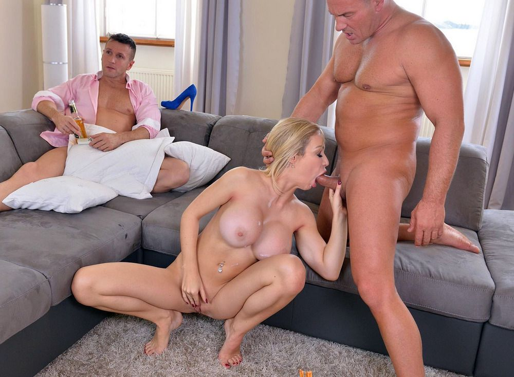 Meaty  light-haired Chessie Kay gets..