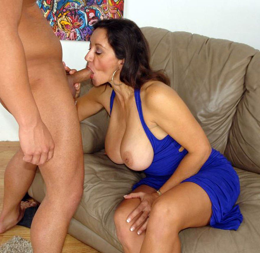 Mingled first-timer oral hump  from..