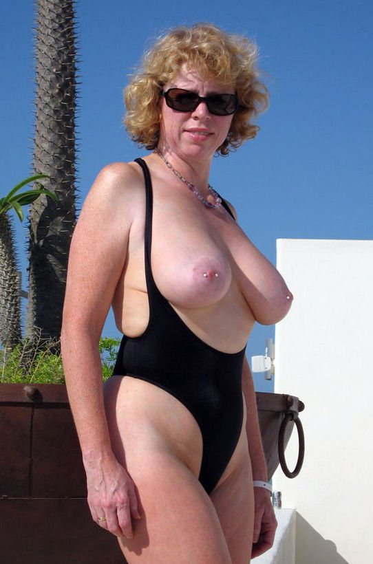 Beach bare pictures with old girls