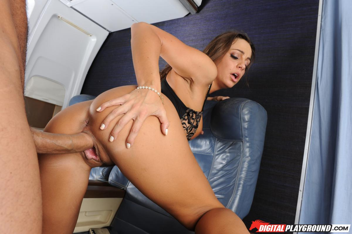Fortunate  blows a load on arse of..
